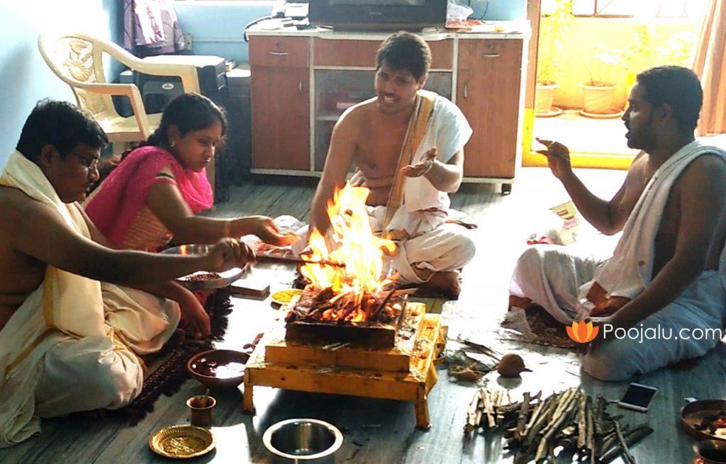 Performing-Kuja-Graha-Shanti-Pooj